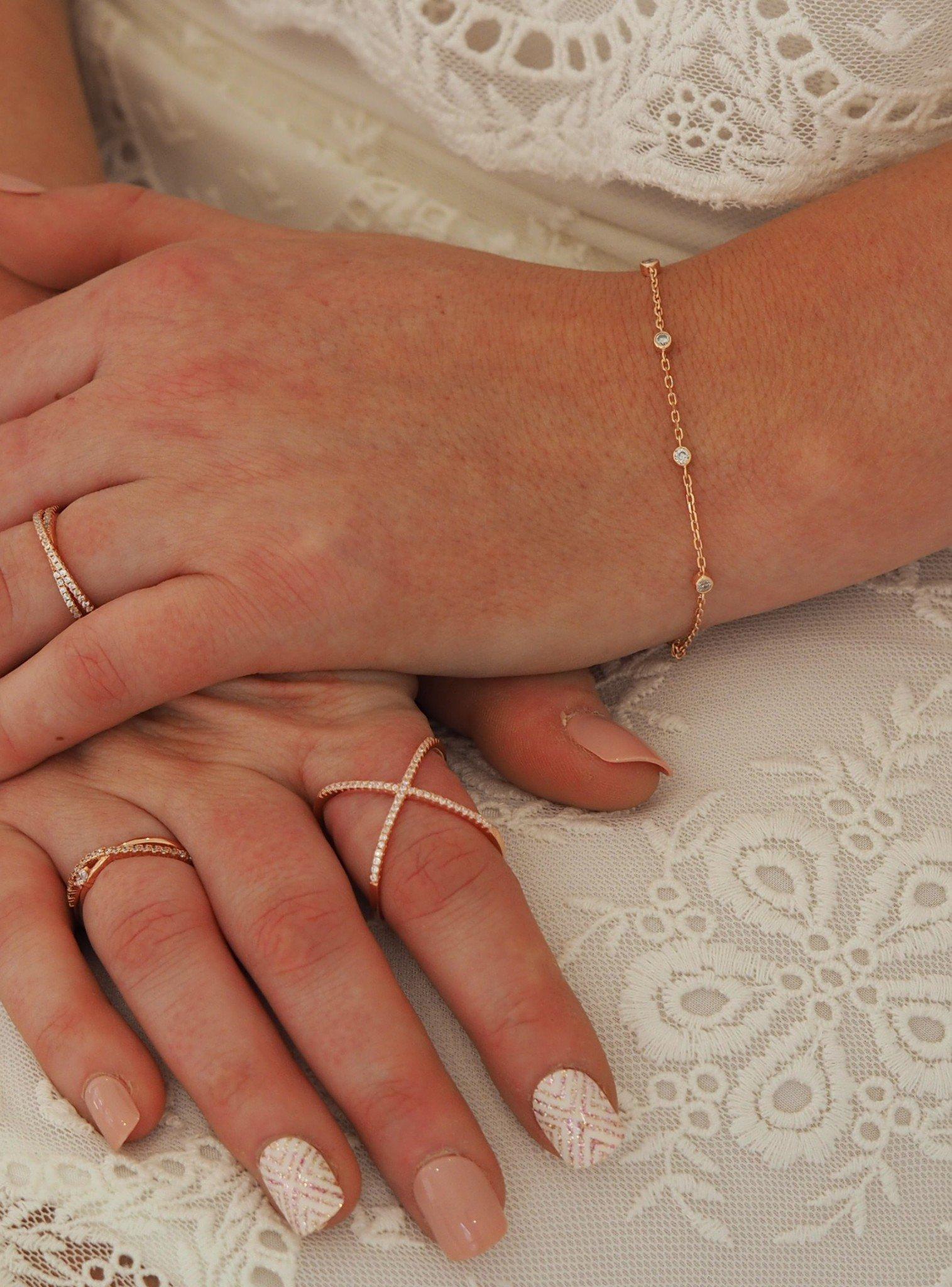Arya Scattered CZ Bracelet in Rose Gold