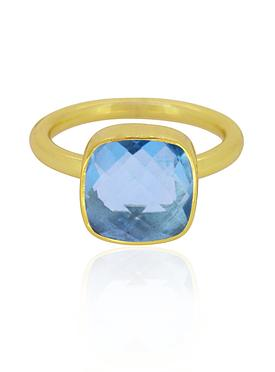 Indie Blue Topaz Gemstone Ring in Gold