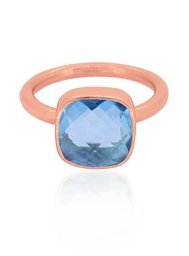 Indie Blue Topaz Gemstone Ring in Rose Gold