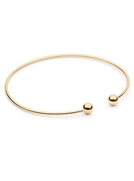 Kiss to the Night Bangle in Gold